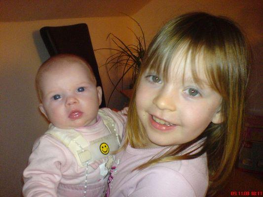 Laura & Lena