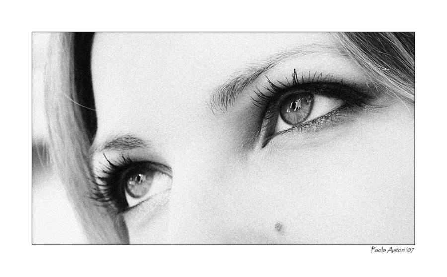 Laura's Eyes