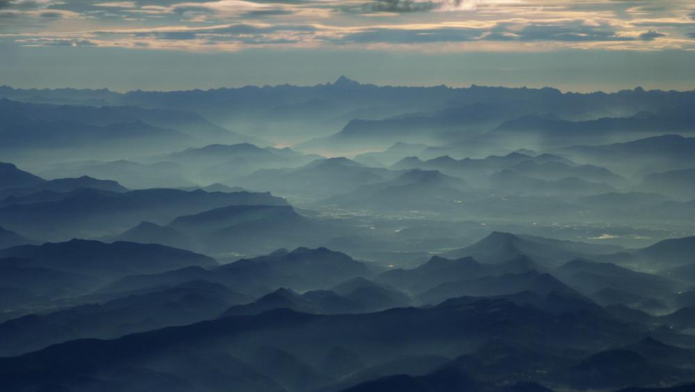 l'Aurore sur les Alpes