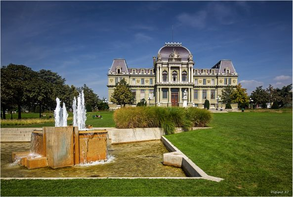 Lausanne Palais de Justice 2016-01