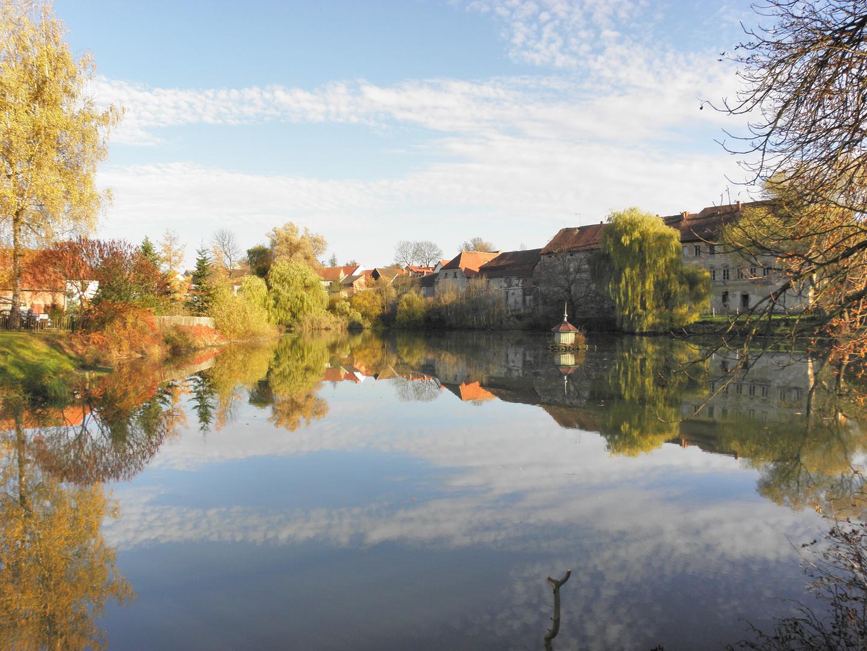 Lausnitz 31.10.2010 ein schöner Herbsttag