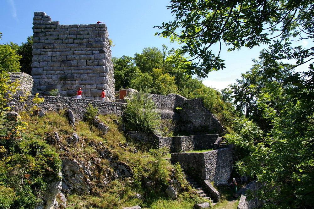 Lautertal (6) Die Burgruine Hohengundelfingen