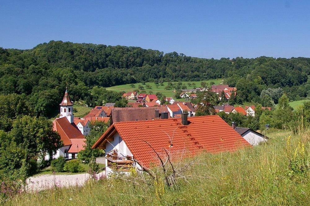 Lautertal (9) Dorf-Idylle Hundersingen