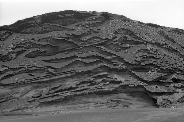 Lavawand in der Bucht von El Golfo