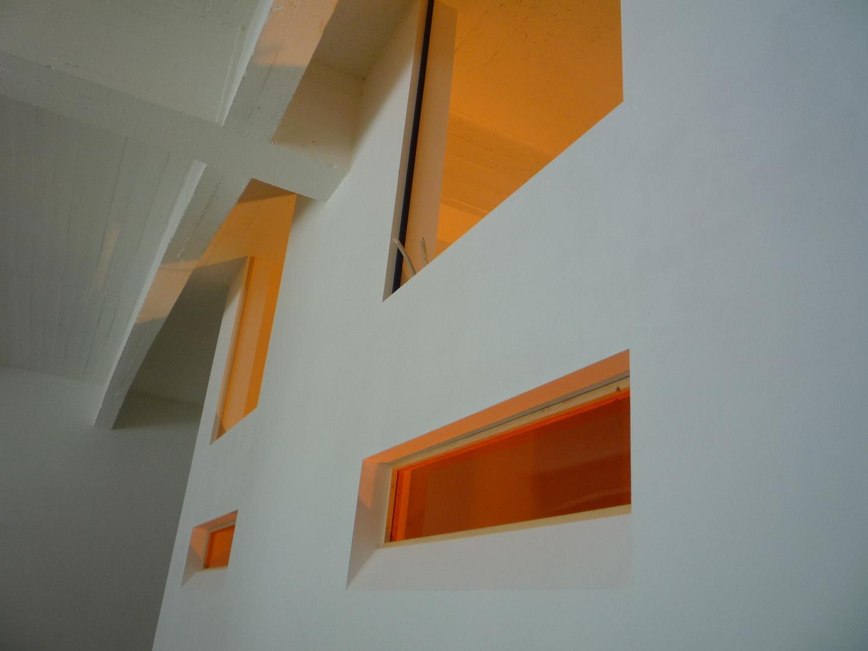 lavoir et carbonisage de Dolhain vitrage intérieur orange