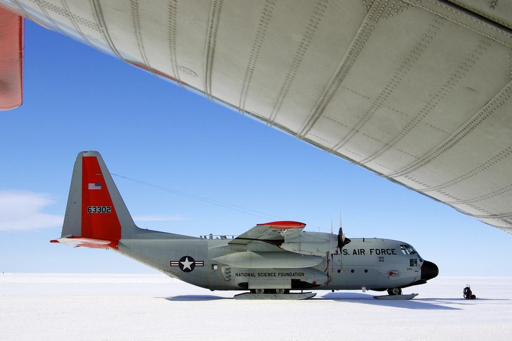 """ LC-130"""