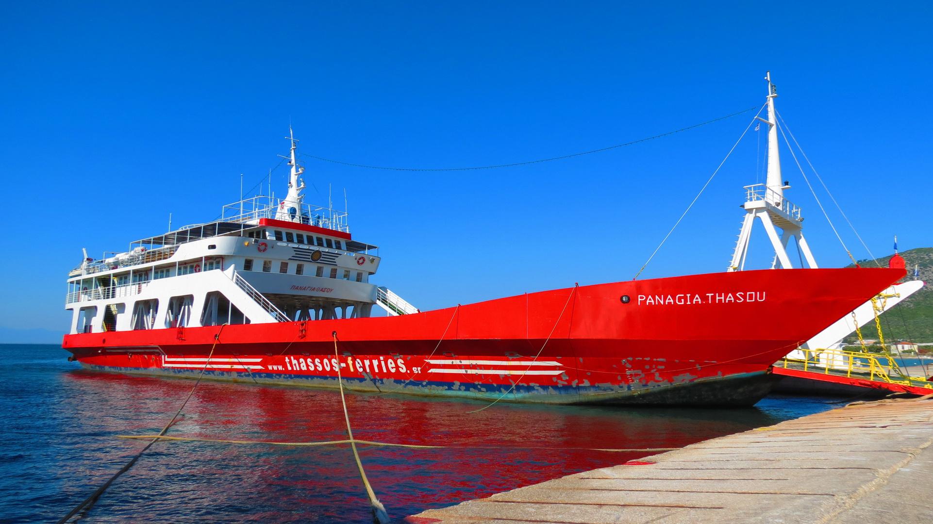 bateau rouge
