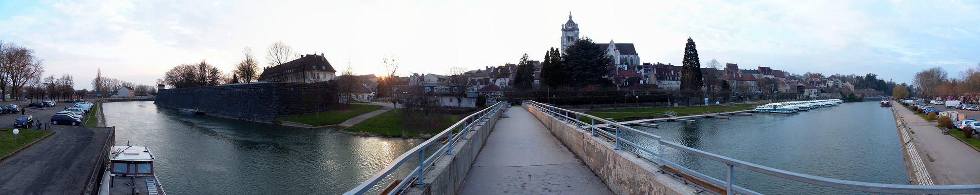 le canal Rhin Rhône a Dole - Jura