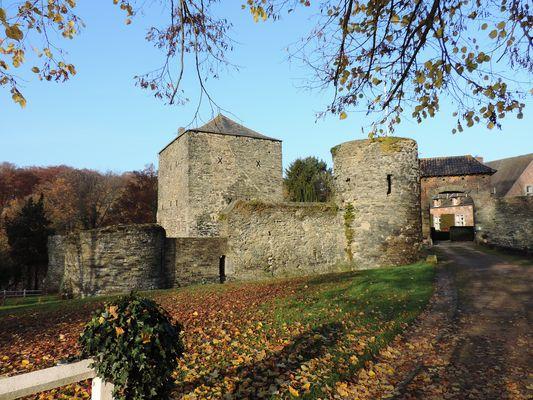 """LE Castel du """"Châtelet """" à Villers la Ville -"""" Brabant Wallon"""