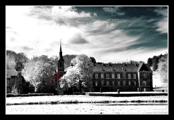 Le Chateau de Presles Version IR