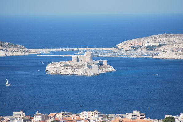le chateau d'If et les iles Frioul