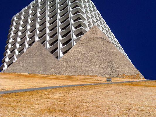 le chemin qui mène à la tour