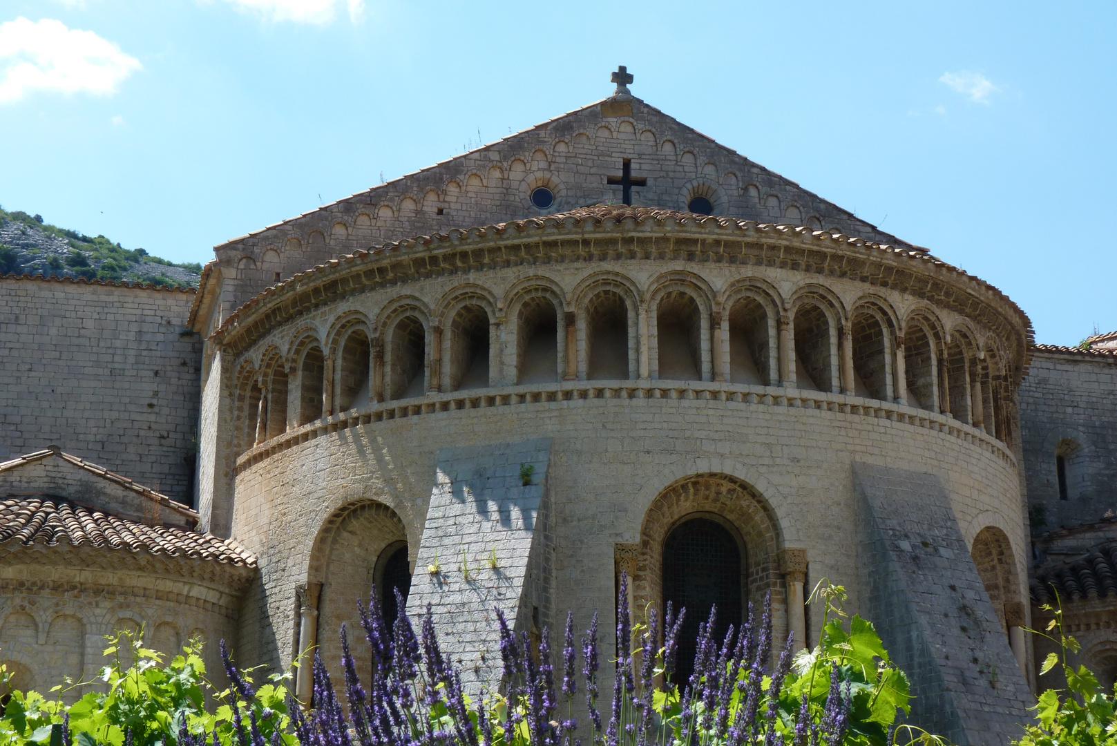 Le chevet de Saint-Guilhem.