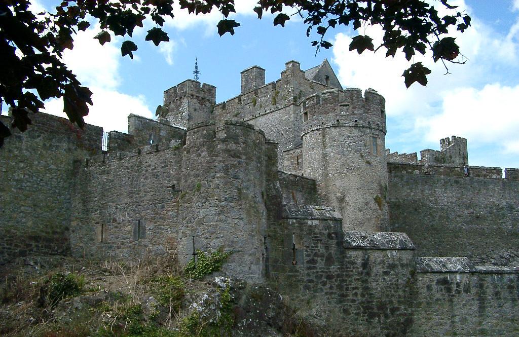 Le Château de CAHER en IRLANDE du Sud.