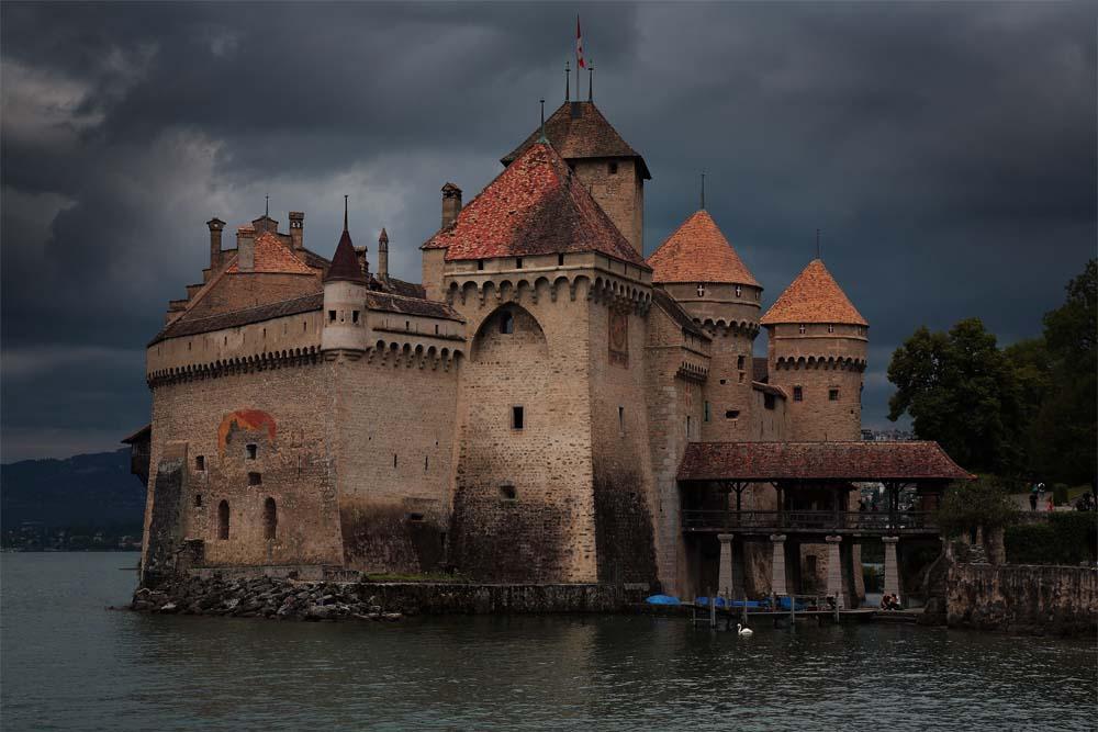 Le Château de Chillon un jour d'orage