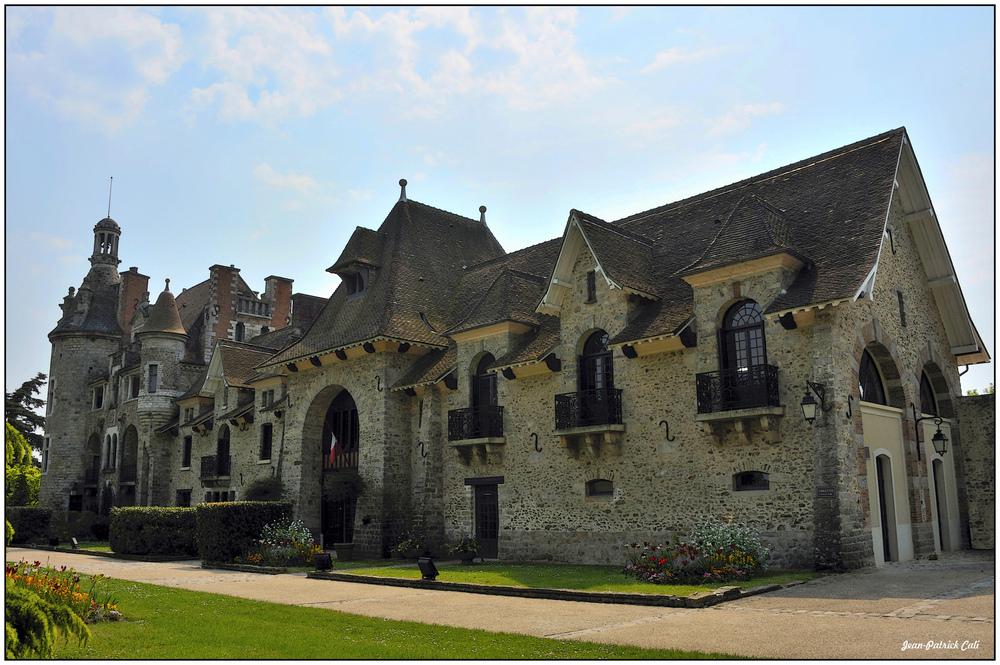 Le château du Châtelet en brie