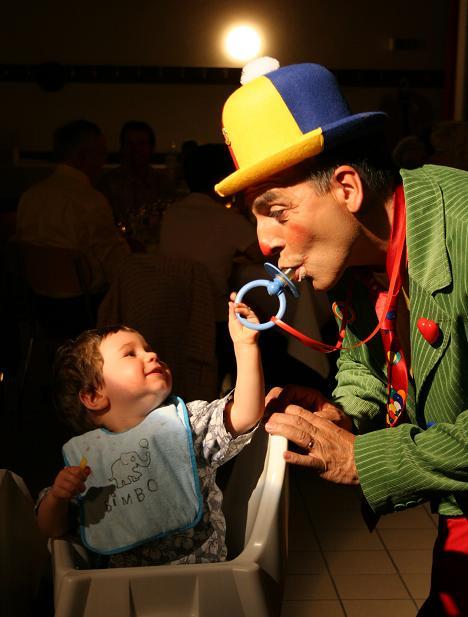 Le clown et l'enfant