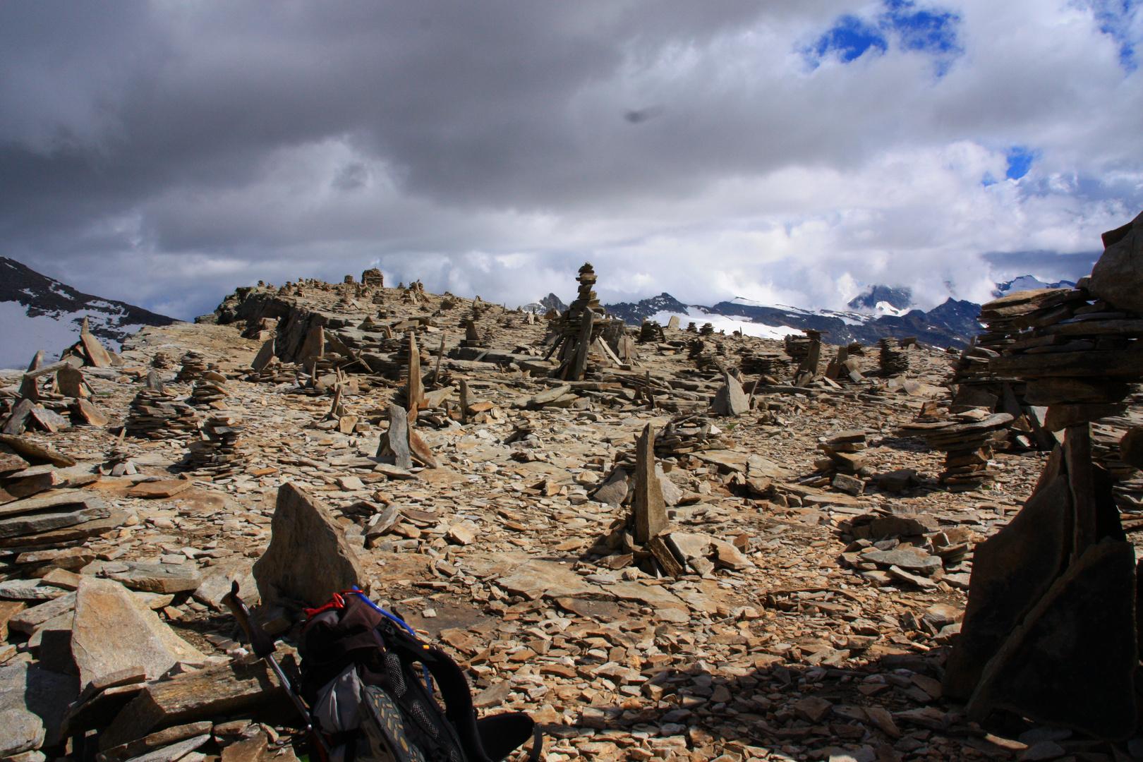 Le col du Carro à 3150 m.... Frontière Italo Française