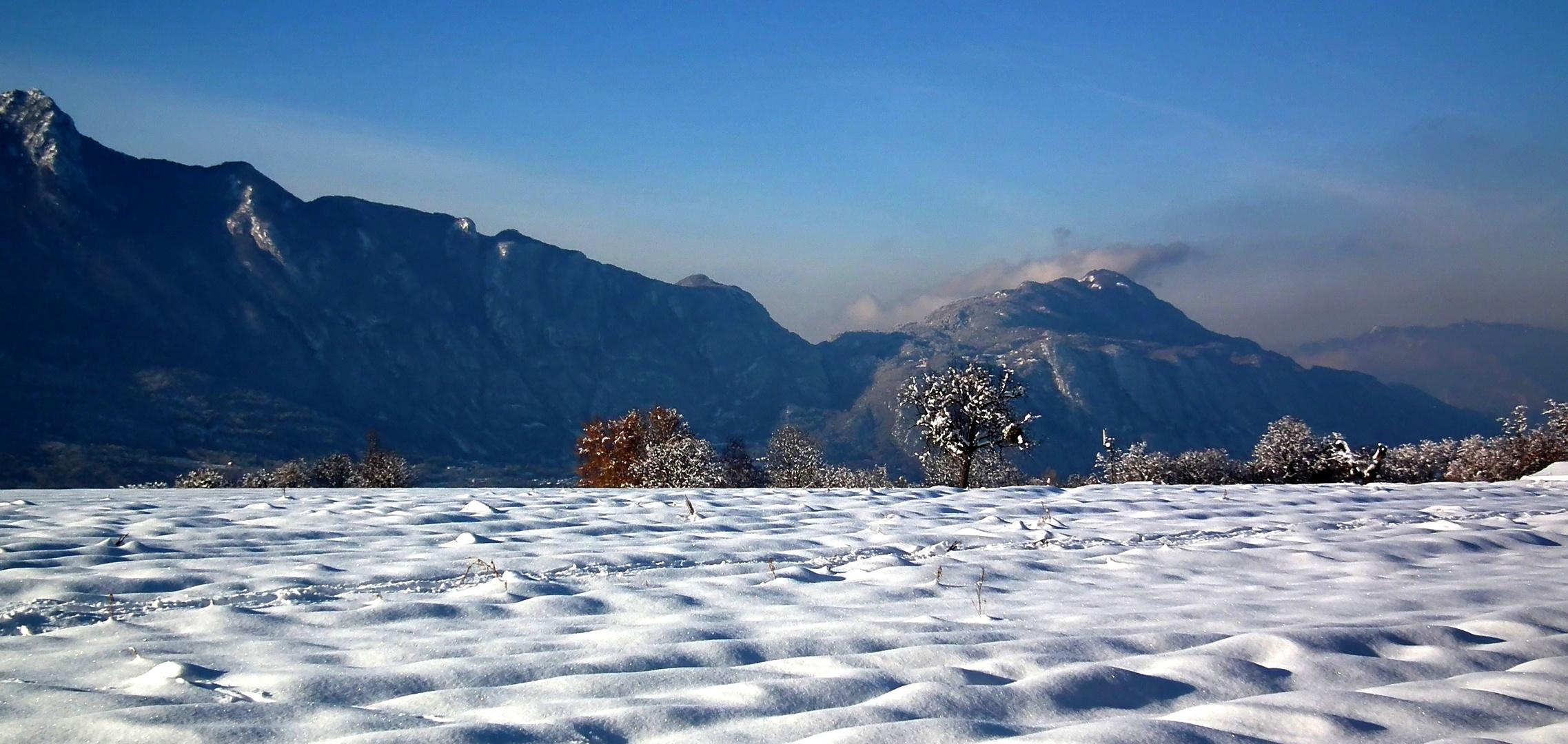 Le col du chat depuis les collines du Vivier du lac