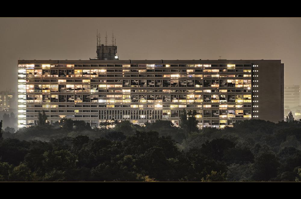 """""""Le Corbusier: Unité d'habitation, type Berlin"""""""