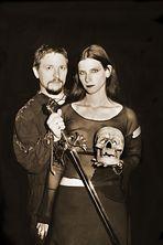 Le crâne et l'épée