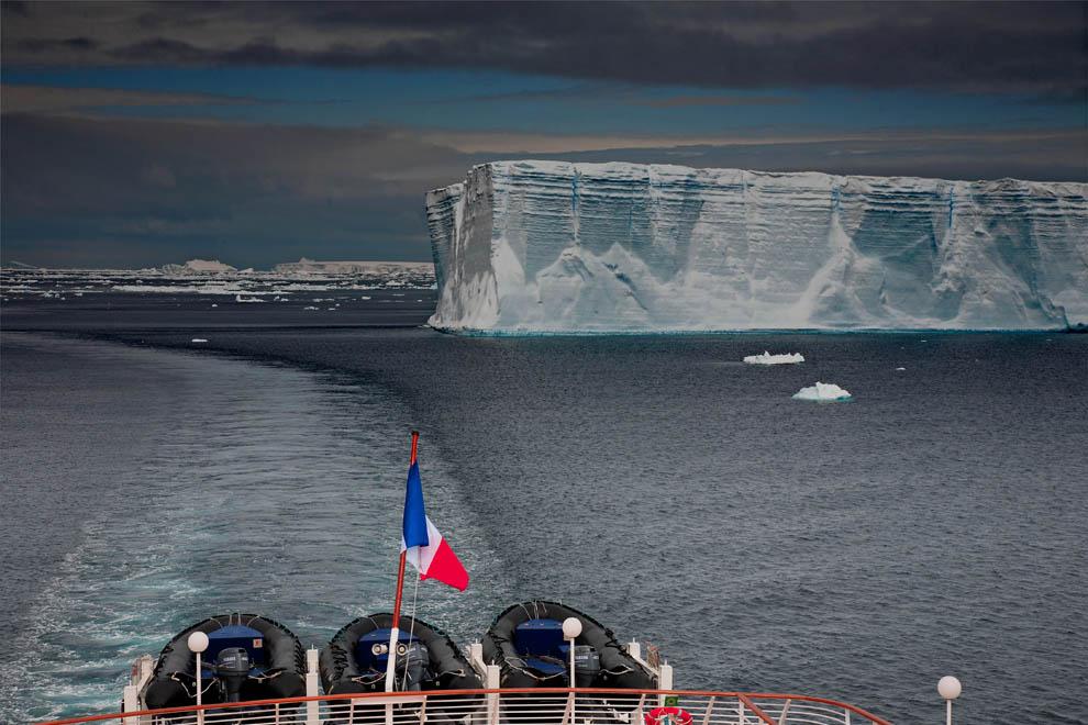 Le Diamant dans le Golf d'Erebus, en Mer de Weddell, à l'Est de la péninsule Antarctique.