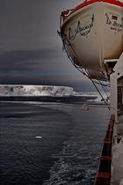 Le Diamant, dans sa sublime errance en mer de Weddell, Antarctique
