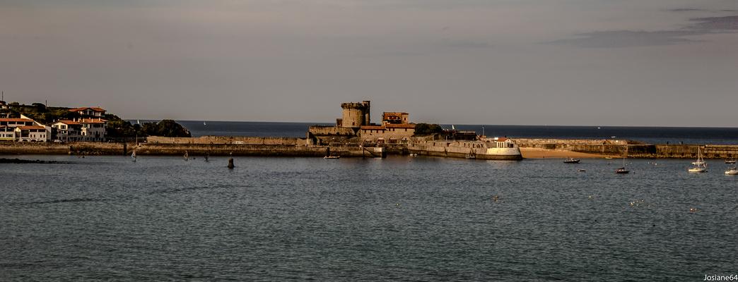Le fort DE SOCOA vue de CIBOURE