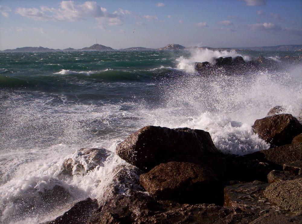 Le Frioul depuis la Corniche à Marseille