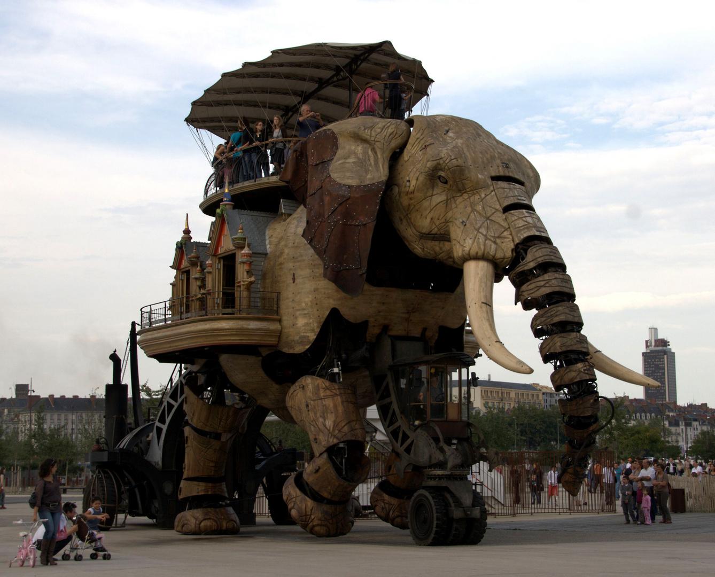 Le grand éléphant à la Jules Verne