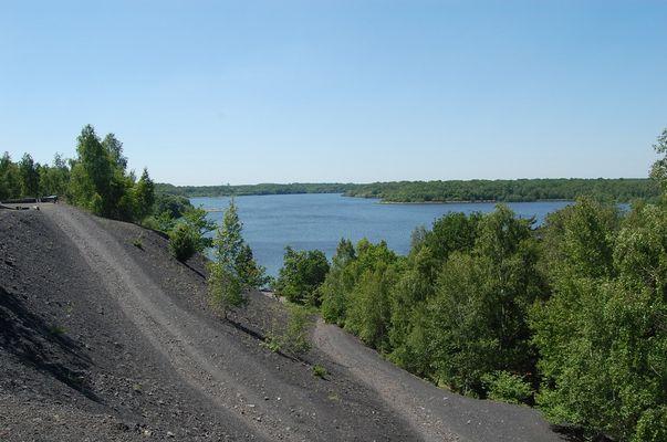 Le lac des terrils