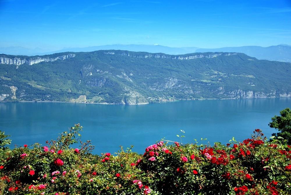 Le Lac du Bourget et le Mont Blanc