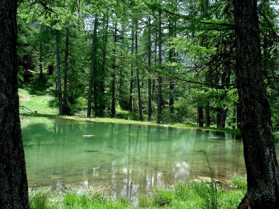 le lac lauzerot hautes alpes