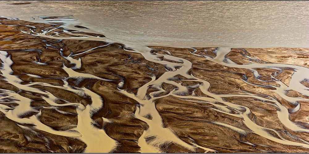 le lait du glacier immergée dans or