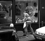 Le laveur de vitres , quelque part à Paris