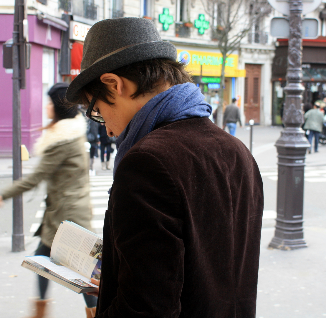 Le liseur de rue