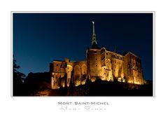 Le Mont-Saint-Michel bei Nacht
