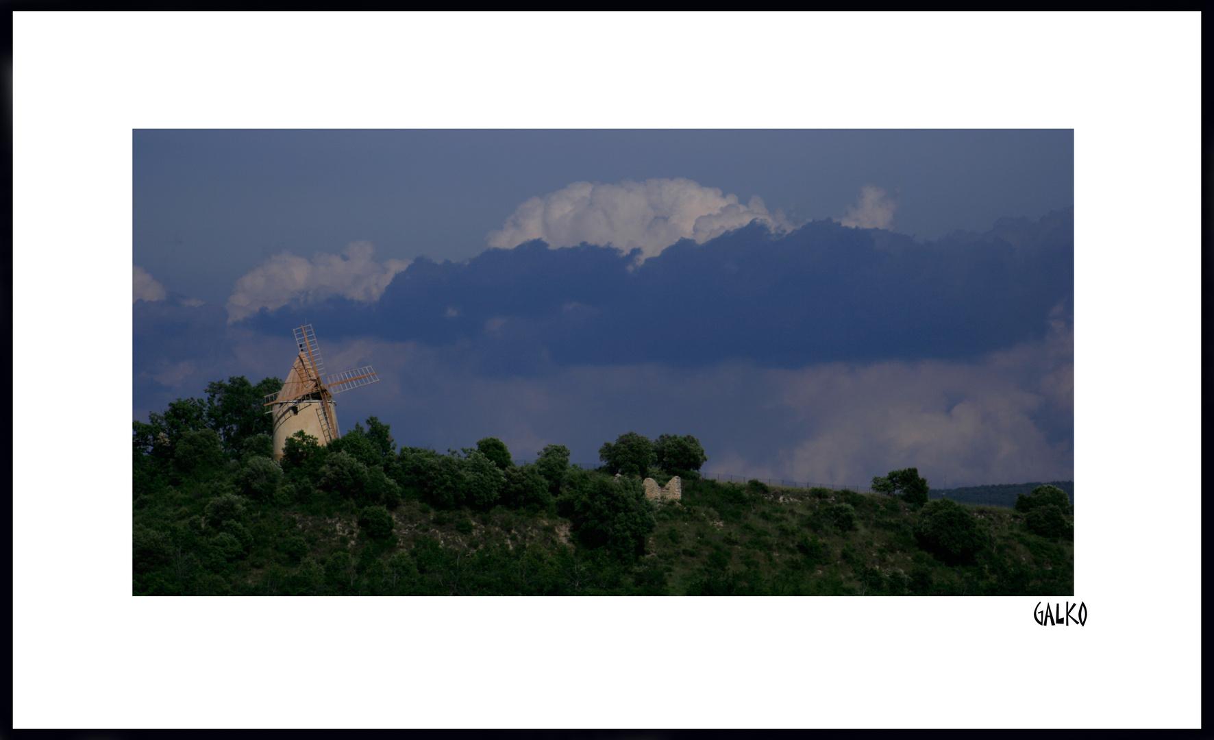 le moulin dans les nuages