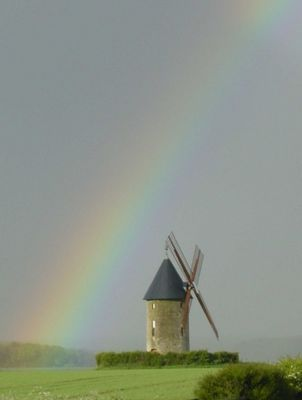 Le Moulin de Largny-sur-Automne après la pluie... le beu temps