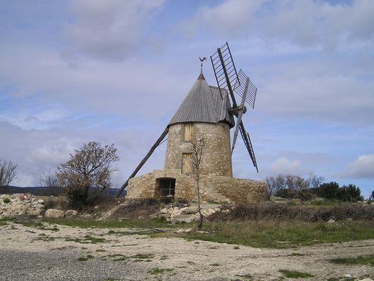 Le moulin de Villeuneuve dans l'Aude