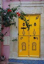 Le mystère de la porte jaune (ou  série chacun cherche son chat , n°2)