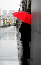 Le parapluie rouge (2)