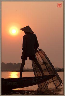 Le pecheur du lac Tam Giang - Hue - VN