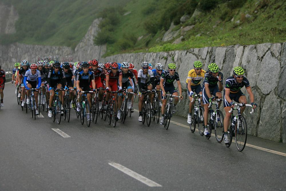 Le Peloton, ( Tour de Suisse, Grimselpass )