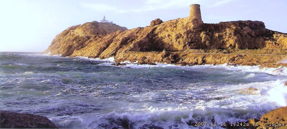 Le phare d'île rousse en haute Corse