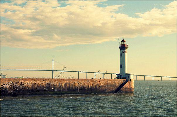 Le phare du *Vieux Mole*