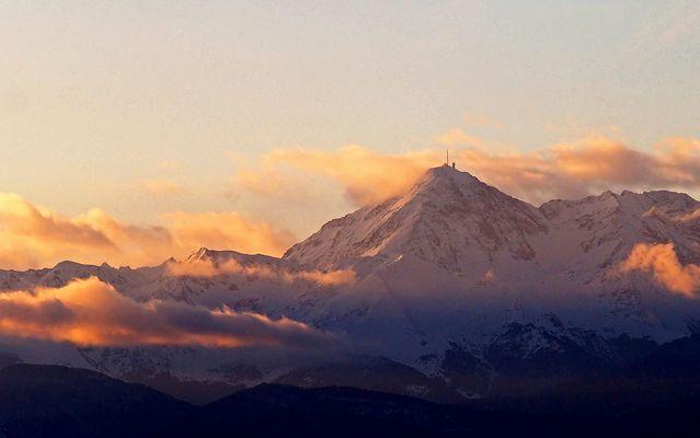 Le Pic du Midi de Bigorre (2876 M.)