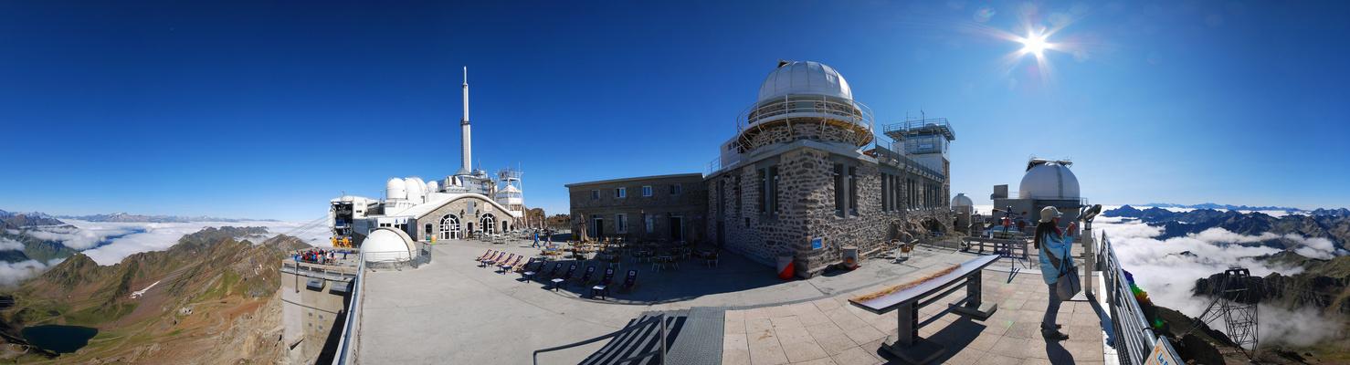 Le Pic du Midi de Bigorre, vaisseau des cimes à 360°