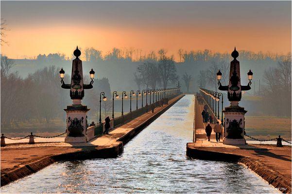 Le Pont Canal...
