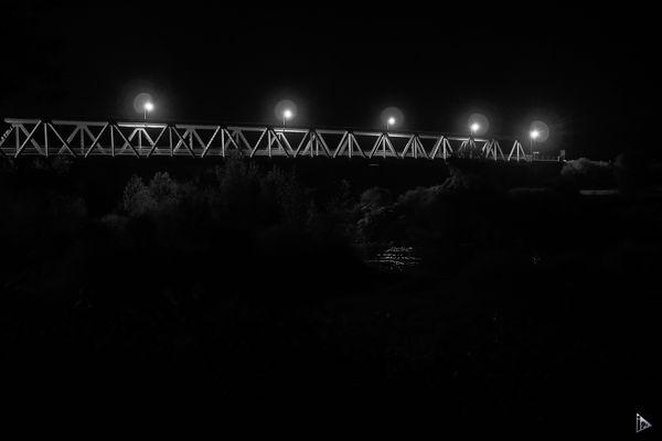 Le  pont de la nuit - the night bridge